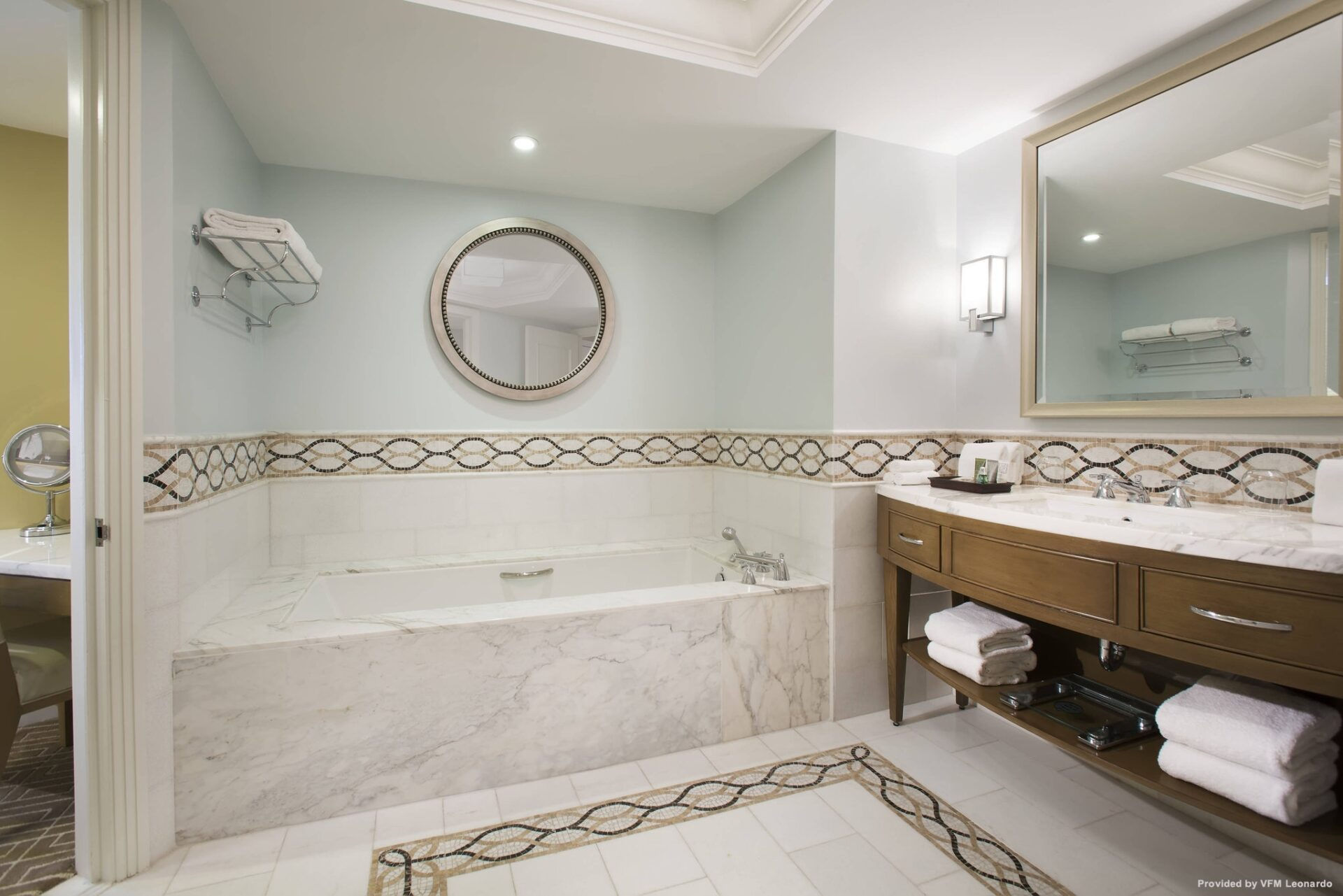 One BR Suite Bathroom